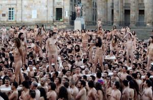 コロンビアで6000人が参加した、世界最大級「ゲリラ・ヌード撮影会」。