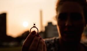 中国の大気汚染物質「PM2.5」を「宝石」へ変えたオランダ人アーティストDaan Roosegaarde。
