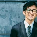 元不登校、現起業家。約12万人の不登校児がいる日本で、23歳の彼が高校生の時に起業した理由。