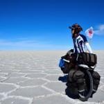 「おにぎり君」と呼ばれた男、8年半の自転車地球一周の旅を語る