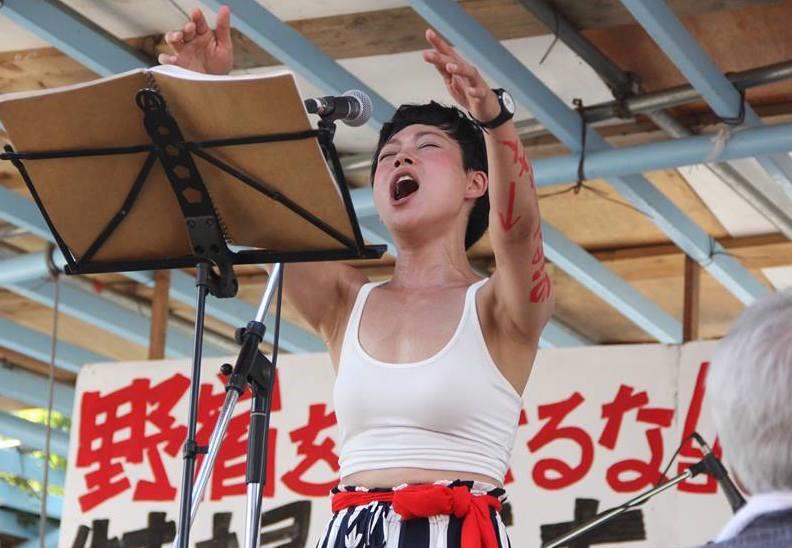 (参加型ステージ_釜ヶ崎の夏祭り/大阪 Photo by江里口暁子)