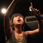 """「私は""""即興の魔力""""に取り憑かれた」。社会的弱者が分断された日本を音楽で変える「即興楽団UDje( )」を率いるナカガワ エリ【後編】"""