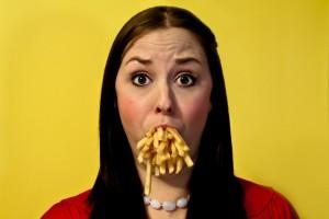 体に悪いのは「中身」だけではなく「外側」も。ファストフードやコンビニ食品の容器に隠された有害物質の真実。