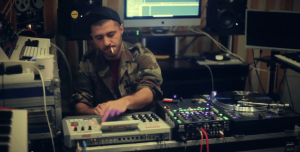 世界50ヶ国を渡り歩いた元難民DJが解説、デンマークがクリエイティブな理由とは?