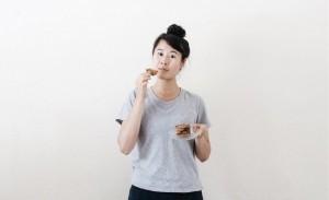 <br /> 16人目:食料廃棄を止めたい女性が提案。家にある物だけを使って、誰でもできる「食べ物の腐敗を防ぐ5つの方法」。|Biが選ぶ今週のGOODTUBER(グッチューバー)