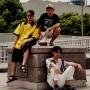 """「ヒップホップかなんてどうでもいい」。突如として現れた、日本社会に""""バグ""""を起こすラッパー三人組"""